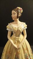 Royal Doulton Young Queens Queen Victoria HN 5705 Hand Signed Box Damaged