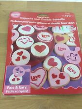 DISCONTINUED 2002 NEW WILTON COOKIE CUPCAKE STENCIL TEMPLATE SWEETHEART LOVE