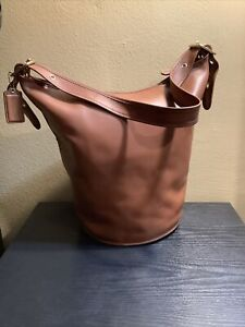 Coach XL british tan leather duffle/bucket shoulder bag brass hardware