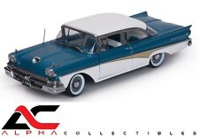 """SUNSTAR SS-5283 1:18 1958 FORD FAIRLANE 500 """"THE CAR THAT WENT AROUND THE WORLD"""""""