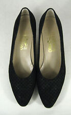 Ferragamo Shoes Size 9.5 AA NARROW  Womens Leather Italy Pumps Black Quilt