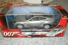 DIE CAST MODEL CAR ASTON MARTIN V12 VANQUISH 1/18