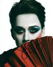 Katy Perry Close Up Sexy Singer Signed 8x10 Photo Autographed COA Proof