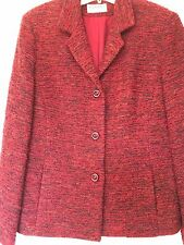 GIANNI 3 button Woman's Blazer Size 14. Red And Black Boucle Pattern