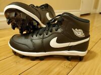 Men's Nike Air Jordan 1 Retro MCS Baseball Cleats Black AV5354-001 Size 8.5
