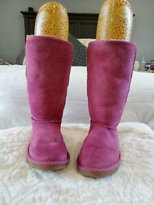 UGG Classic Sheepskin Leather Upper Boots Size 7 Pink