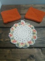 Vintage Hand crocheted Pot Holders Hot Pads  3pc Set  Rust & Cream/Multi  EUC