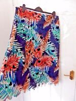 ❤ PER UNA Beautiful Ladies Size 16 Navy Blue Red Green Lace Skirt Lined Back Zip