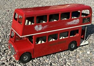 Triang Large Scale (1:16) Tin Plate 1964 Vintage Routemaster London Bus VGC