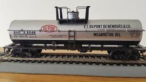 HO 40' Chemical Tank Car Athearn Dupont #x3246