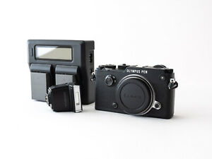 Near Mint!! Olympus PEN-F Black Body with charger + 2 batteries + flash