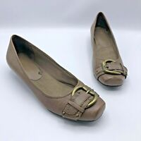 Bare Traps Rooven Women Brown Buckle Flat Wedge Shoe Size 9.5M Pre Owned