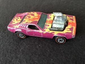 """Hotwheels RedLine Plum Exterior Dodge Charger """"Rodger Dodger"""" (1970)"""