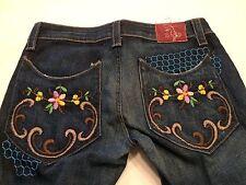Sheiki Floral Embroidery Pocket Jeans Cotton Blend Crop Capri    B31