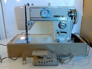 Aldens Model 666 ZIG ZAG Sewing Machine - Works