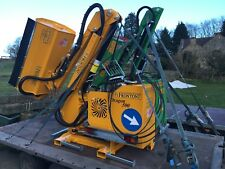 Hedge Cutter - reach mower / flail mower for tractors - Frontoni Dragon 550