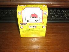 DIE-CAST - AUSTIN A 30 - 2 DOOR SALOON / OFF WHITE WITH RED ROOF - 00 / 1:76