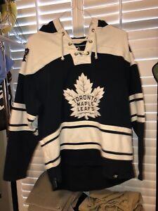 Toronto Maple Leafs 47 Sweatshirt Hoodie Size Medium NHL Hockey