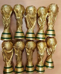 10x WM-Pokal Replika Weltmeister Kindergeburtstag Gastgebergeschenk