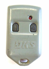 Keyless remote entry LSD8068TX clicker control transmitter Door King keyfob phob