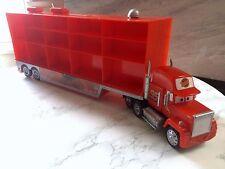 Disney Pixar CARS: Mack Truck Hauler portador de coche caja de almacenamiento (se adapta a 30 coches)