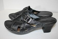 Clarks Open Toe Slip On Black Leather Sandals Sz 8.5M US 40 EU NEW Silver Buckle