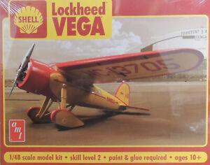 CIVILIAN SHELL LOCKHEED MARTIN VEGA  1:48 SCALE PLASTIC MODEL AIRPLANE KIT
