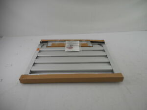 "Munchkin 31064 - Baby Gate Extends 26.5""- 40"" Wide w/ Hardware, Silver Aluminum"