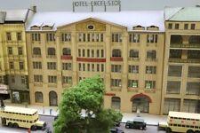 "Stadt im Modell 9229 Bausatz Grandhotel ""Excelsior"" Berlin Anhalter Bahnhof H0"