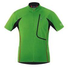 Équipements noirs Gore pour cycliste