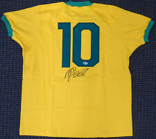 CBD BRAZIL PELE AUTOGRAPHED YELLOW ATHLETA SHORT SLEEVE JERSEY BECKETT 161457
