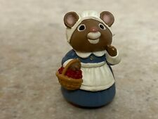 Hallmark 1995 Thanksgiving Merry Miniature - Pilgrim Mouse with Gold Sticker