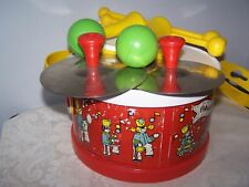 VINTAGE 1979 FISHER PRICE MARCHING BAND TOY 8 PIECE DRUM SET 921 - QUAKER OATS