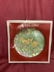 """Royal Albert Plate ' Foxes in the Summer Glade, 8"""" Diameter. Boxed (487)"""