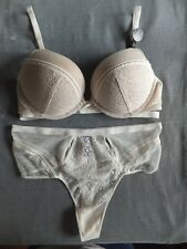 Victorias Secret 32C/S Thong *BOMBSHELL* ADD 2 CUPS PUSH-UP BRA Ivory Daisy Lace