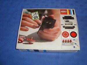 LEGO SYSTEM VINTAGE REF 702 BOITE MOTEUR ET ACCESSOIRES POUR TRAIN TECHNIC ETC..