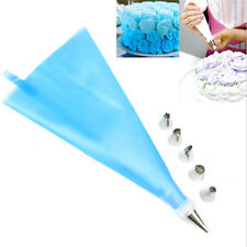 6pcs Cake Nozzle Set with Silicone Icing Piping Cream Pastry Bag Decorating Set