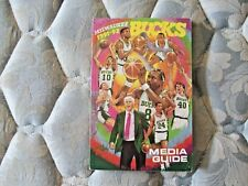 1991-92 MILWAUKEE BUCKS MEDIA GUIDE Yearbook MOSES MALONE 1992 Program NBA AD
