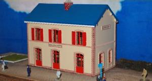 ATM EF02 - Railway Station   BAILLEAU LE PIN   1:87
