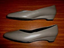 Ros Hommerson GRAY SHOES WOMENS SIZE 11 N