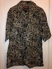 Woolrich Medium Short Sleeve Shirt Men's Green Tropical Leaf Pattern