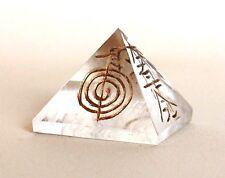 Reiki Energía cargado Transparente Cuarzo Pirámide Grabado Reiki símbolos Natural De Cristal