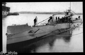 USS S-22 SS-127 postcard US Navy WWII submarine