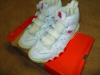 ORIGINAL NIKE AIR MAX CB-94 SIZE 10.5 USED IN BOX /CLEAN 24 YEAR OLD SHOE