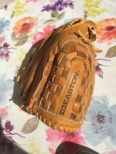 New listing Appears New ,Easton EX126 Black Magic Leather Softball/Baseball RHT Glove 12 1/2