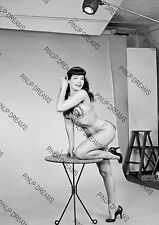 Vintage Photo re-print Wall Art Print of 1950s Pin-up Queen Bettie Page A4,