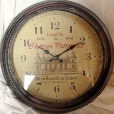 Wanduhr Chateau Patronette rund Geschenk vintage Ästhetik Rarität ein Zeitzeuge