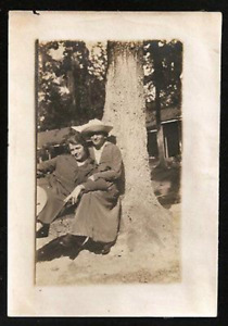Women Gay Interest Ring for two in the sun under Tree Antique Photo