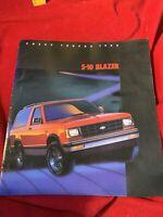 1985 Chevrolet S-10 Blazer Sport Tahoe sales brochure dealer auto literature