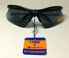 Smith and Wesson SW265SI Code 4 Safety Glasses, Smoke Lens